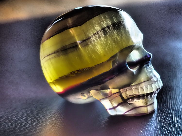 Carved Close-up Crystal Skull Single Object Skull Healing Depth Detail Catching Light Shining EyEm Selects Semi-precious Gem