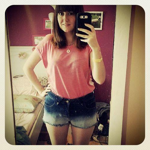 Summer love Roadtrip Shorts Instafashion Fashion Ootd Legsout Girl