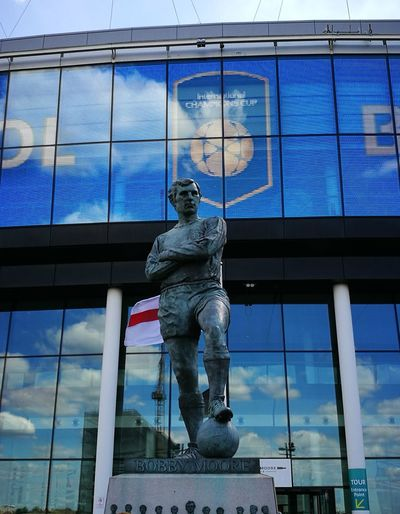 Wembley Wembley Stadium Bobby Moore Statue Bobby Moore English Football Legend