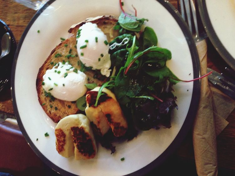 Breakfast ♥ Amazing Food Delicious London Egg Spinach Savoury