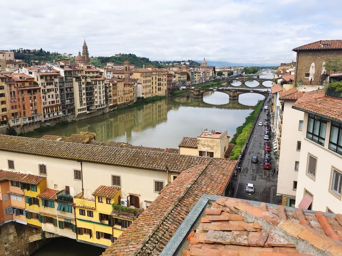 Arno  Ponte Vecchio Building Exterior Built Structure Architecture City Sky Building High Angle View Water Town Cityscape River
