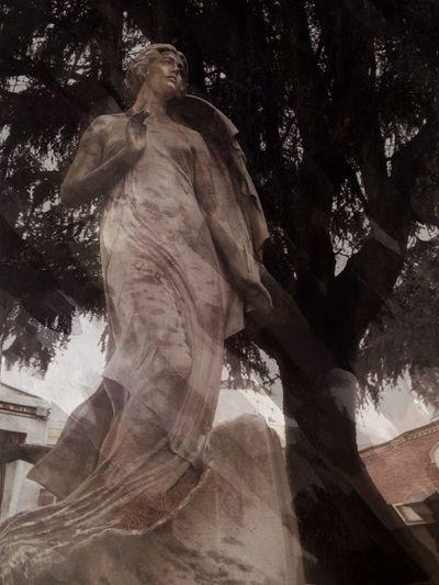 Signore del famedio 1 NEM Painterly Cemetery NEM Memories
