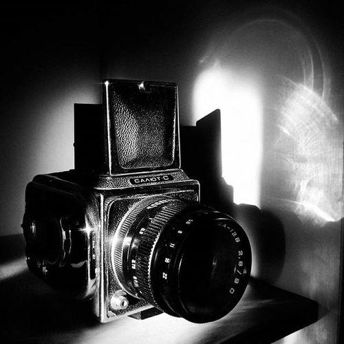 Авторские открытки Bnwfoto Bnw чбфото салют фотики открыткиручнойработы минимализм Minimalism фотоаппарат Bnw_captures Bnw_life Bnw_dark