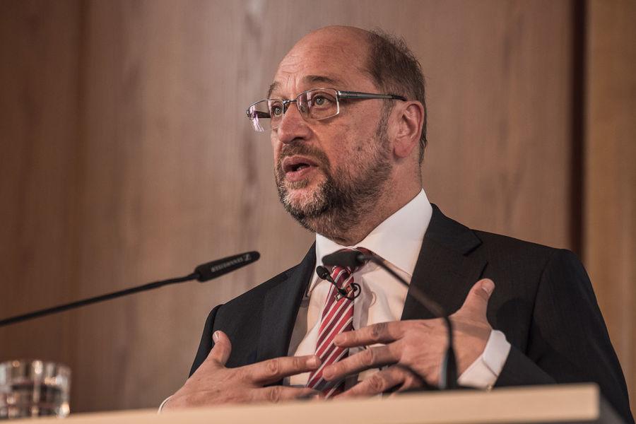 Martin Schulz speaking at the DIW in Berlin. Martin Schulz Schulz Candidate Politician Politiker Spd Statesman Well-dressed