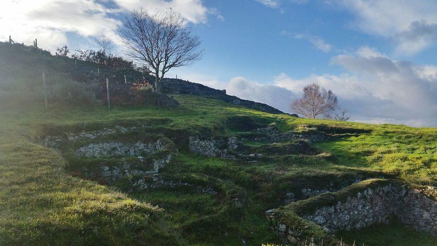 Galicia España Mountains Castromao Celanova Romano Ruins Sunny Day