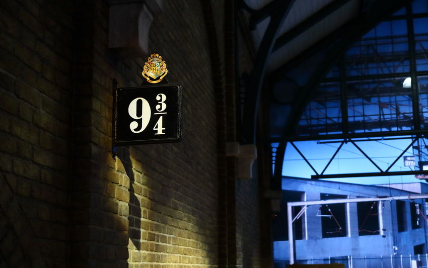 9 3/4 Architecture Brick Wall Built Structure Harry Potter Harry Potter Studios Indoors  London Low Angle View Platform