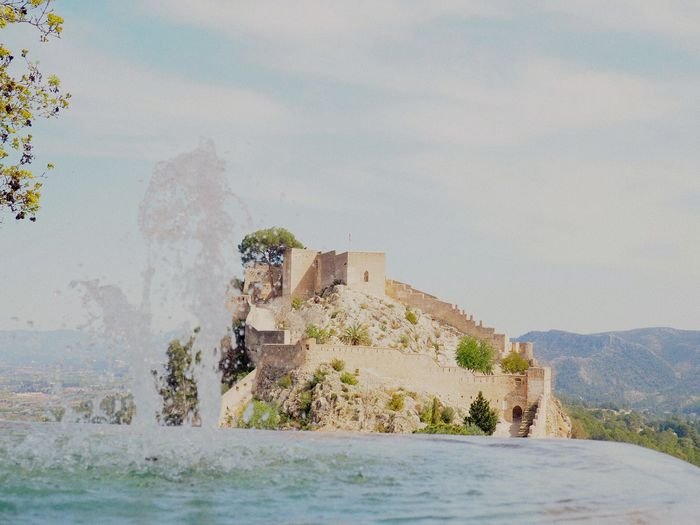 Fuente 2 Jativa Xativa Fountain Long Exposure Castillo Castle Water Sky