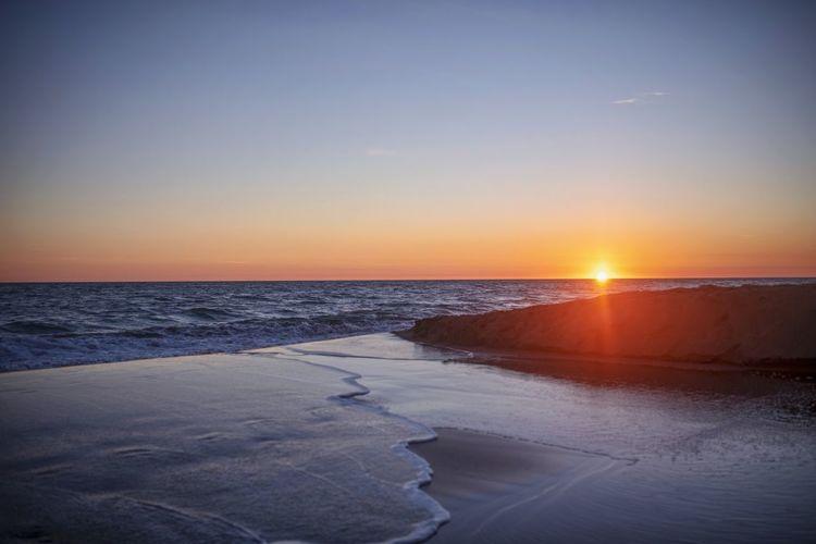 Beach Sunset Sun Light And Shadow Nature Calm Ocean Ocean View Lanscape Water Sky