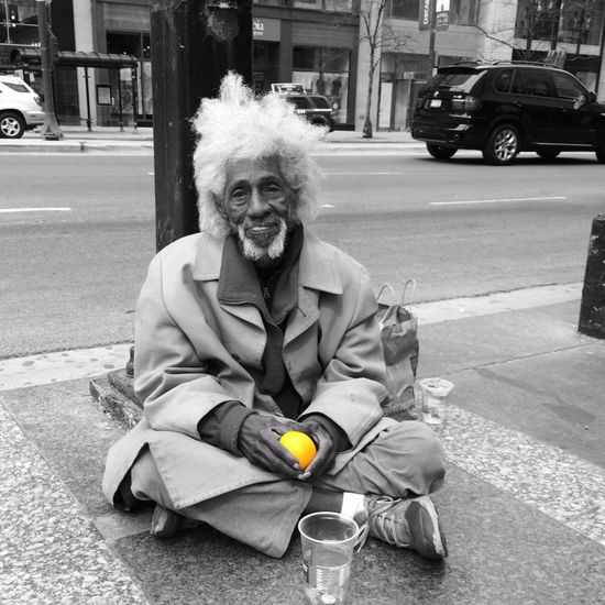 Beggar on the street in Chicago . Colorsplash Travel Photography Streetphotography Orange IPhone 5S Blackandwhite Portrait Simplicity Street Portrait Melancholy Life On The Streets Loneliness Lonely Old Man Grayhair