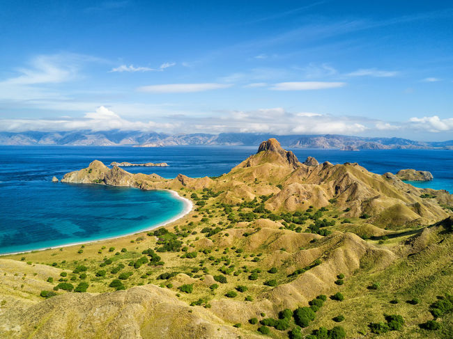 Aerial view of a beach on Pulau Padar island in between Komodo and Rinca Islands near Labuan Bajo in Indonesia. DJI X Eyeem DJI Mavic Pro Dragon Flores Island INDONESIA National Park Tourist Travel Travel Photography Aerial Aerial Photography Aerial View Destination Dji East Nusa Tenggara Flores Komodo Labuan Bajo Landscape Padar Pulau Rinca Tourism Tropical Vacation