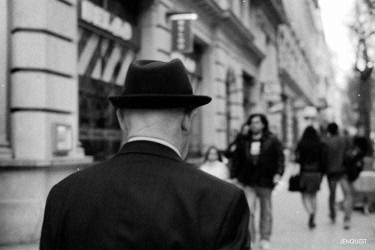 The Observer Streetphotography Black And White Streetphoto_bw Eye4black&white
