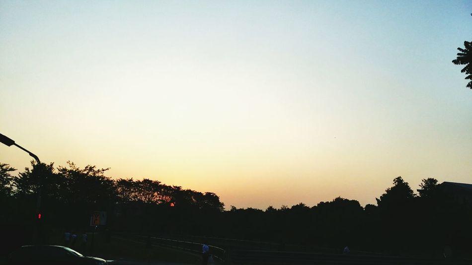Gloomy sunrise symbolizes my mood. Emo ? Gloomy Moody Sunrise Friday Onmywaytowork