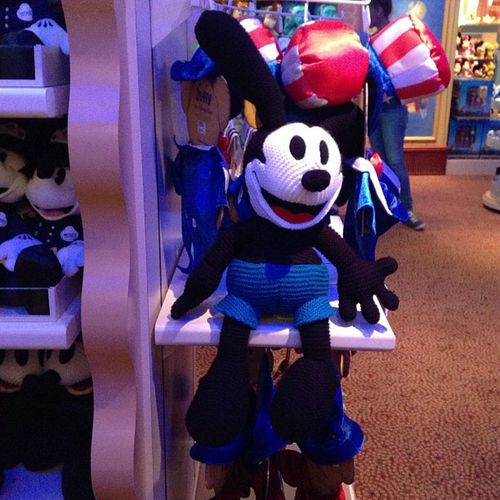 Oswald the Rabbit Firstdisneycharacter Broughtback Yay Socute Mynewfavoritedisneycharacter Iloverabbits