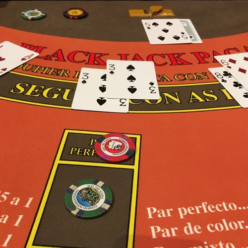 Gambling Luck Number Chance Leisure Games Cards Casino No People Indoors  Text Gambling Chip Close-up Day Black Jack Blackjack Gambling GamblingNight Gambling Addiction Wake up!!! This si insane!
