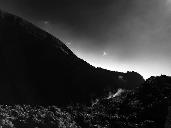 Mountvesuvius Nature Tranquil Scene Landscape Smoke Vocano Black And White Blackandwhite Photography