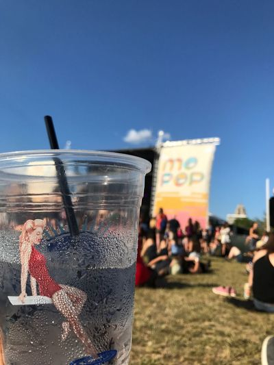 Deep Eddy + MoPop Day Clear Sky Outdoors Real People Sky Blue Men Beach Close-up Human Hand People Mopopdetroit Mopop Festival Deepeddyvodka