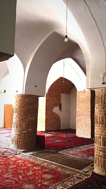 Check This Out Hanging Out Hello World Mosque IPhoneography Trip Photo Iranan Architecture Light And Shadow