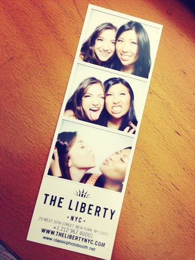 Liberty Photoopp Photobooth Besties