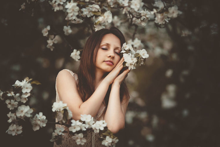 Beauty Beauty In Nature Blossom Bouquet Bunch Of Flowers Cherry Blossom Cherry Tree Day Flower Flower Head Focus On Foreground Fragility Freshness Growth In Bloom Long Hair Nature Person Petal Plant Selective Focus Springtime Young Adult Young Women