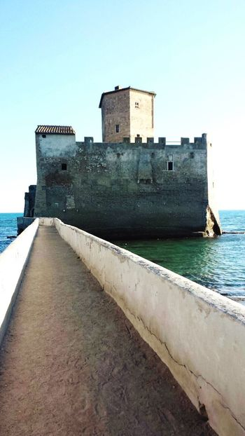 Mare Torre Astura Sea