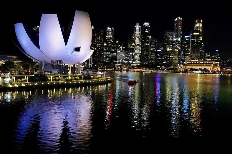Cityscape Marina Architecture Bay Building Building Exterior Built Structure City Cityscape Financial District  Illuminated Luxury Modern Nature Night No People Office Office Building Exterior Outdoors Reflection Relection River Sky Skyscraper Water Waterfront The Great Outdoors - 2018 EyeEm Awards The Architect - 2018 EyeEm Awards Capture Tomorrow