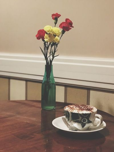 Coffee Time Coffee Break Coffee Coffee Shop Flower Vase Table Freshness Indoors  Sweet Food No People Food And Drink Ready-to-eat