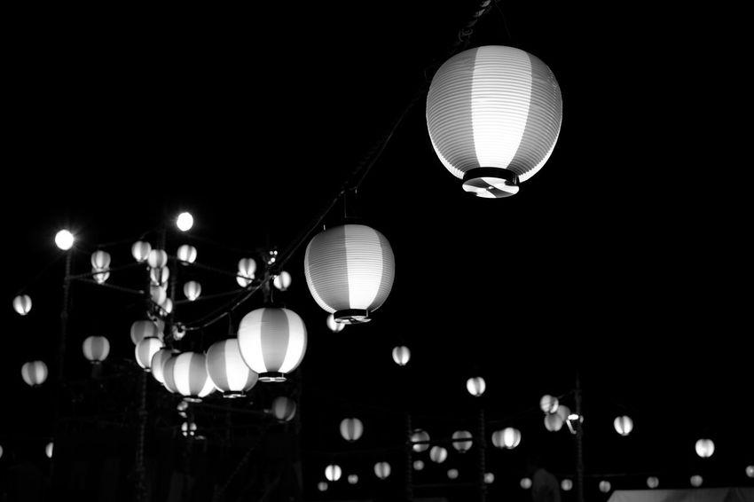 Blackandwhite Bon Dance Festival Dark EyeEm Best Shots EyeEm Gallery FUJIFILM X-T1 Fujifilm_xseries Illuminated In A Row Light Lighting Equipment Monochrome 盆踊り