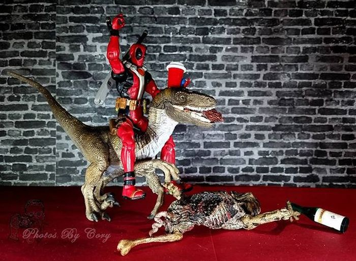 Alright, you had your snack. now let's get to the coffee shop! I'm almost empty. Happy Humpday! Wednesday Humpday Raptor Deadpool Walker Walkingdead Tds_veloceptember Drunktoys Coffeeordeath Toydinosquad