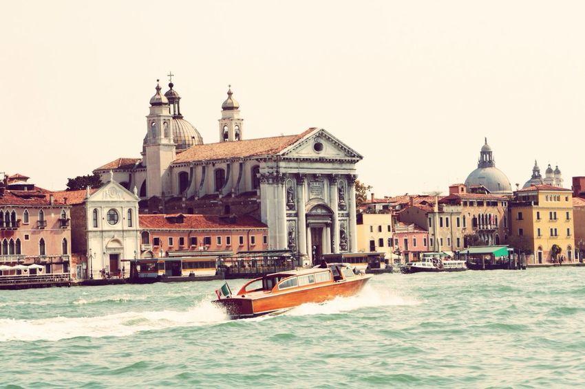 Gondole In Venice riverside Dolcevita