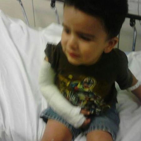 Awh my poor Jake :( Hospital Brokenarm Maybenoschool Jake lilbro sad