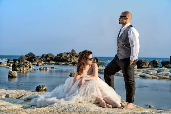 Adult Togetherness Beach Wedding People Men Young Men Full Length Wedding Dress Women Portrait Sea Sand Day Wedding Day Elégance