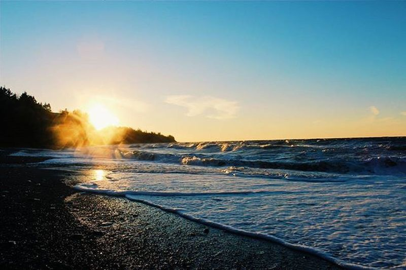 Went for a roadtrip to arisaig and took a ton of pictures hope you like them :) Photography Photographer Beach Ocean Water Sunset Landscape Myphoto L4l Instagood VisitNovaScotia Novascotia Thankyoucanada Rocks Waves Winter