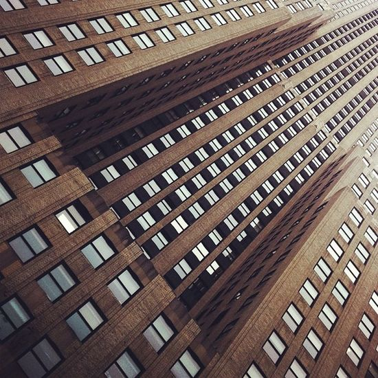 Le Gothamporn of abstract windows pattern. Mmmmh. Gotham. Mmmmh. Linegasm Architectureporn BuildingPorn Constructivism Constructivist Etcporn Abstractporn Windowsporn Architecture Tagporn NYC Youhaveadmitted Abstract Batmanporn Windows Gothamcity Building Nycporn Tagging Lines Batman