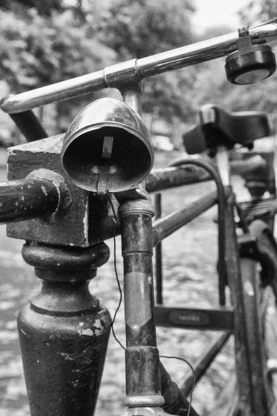 Abandoned but still locked Rust Abandoned Bicycle Bike Blackandwhite Bnw_abandoned Bnw_captures Bnw_friday_eyeemchallenge Broken Focus On Foreground Metal Outdoors Patina