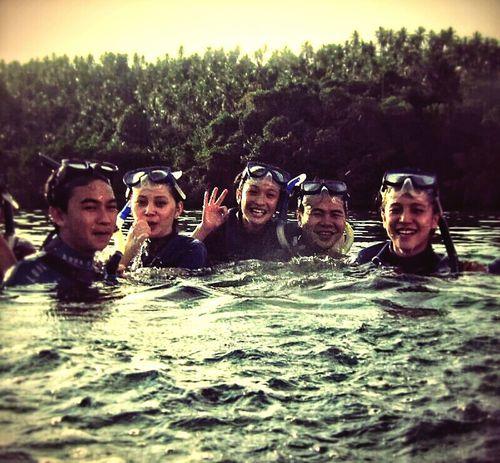 Hangout!  Snorkling Traveling Bunaken Manado - North Sulawesi, Indonesia.