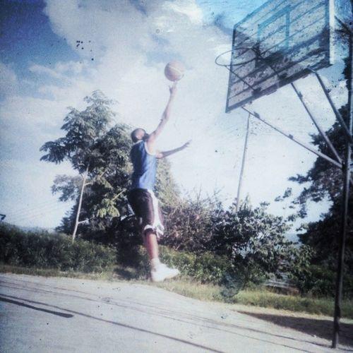 Leo katika panga vitu getho mekutana n'a hiii ..... Was such à basketballer TBT  2010 Tosaboys