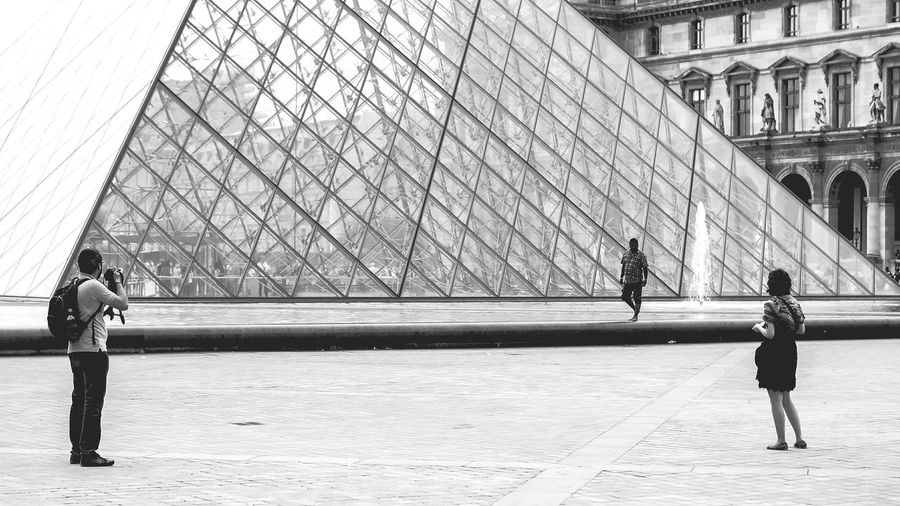 The Meeting Shades Of Grey Monochrome Urban Geometry Streetphoto_bw Streetphotography Monocrome Blackandwhite Architecture_bw The Architect - 2015 EyeEm Awards Amazing Architecture Everything In Its Place