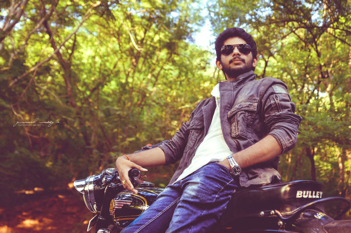 Royalenfield Pepejeans Indian Model Pose