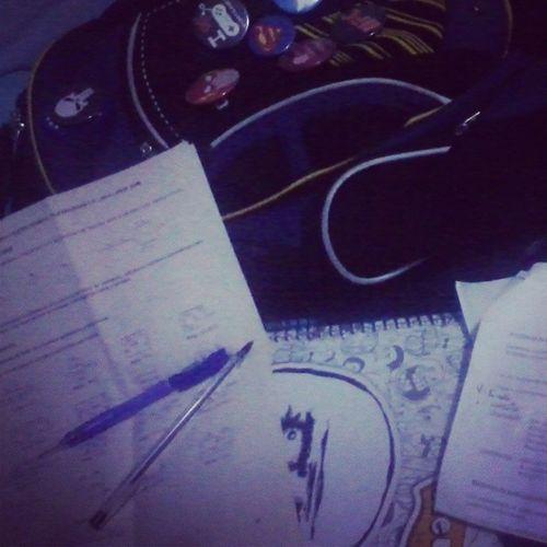 Estudando para Eletricidade rs . Cansado Eletrotecnica FAETEC Bótons