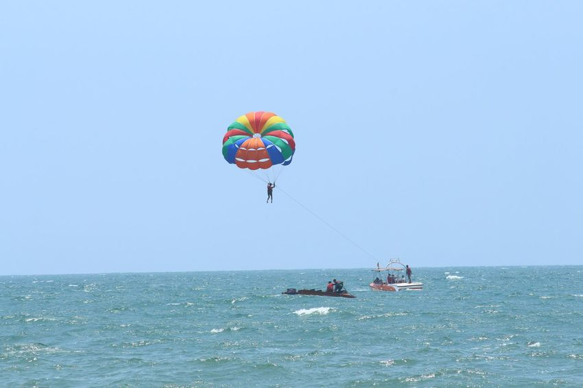 para sailing Parasailing Parasail Sea Horizon Over Water Clear Sky Parachute Adventure Day Flying