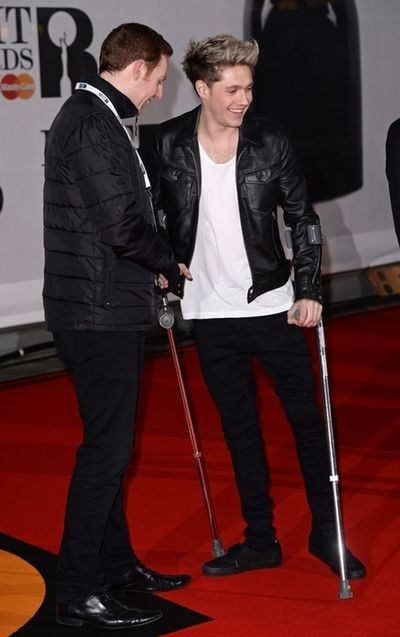 So handsome ^^ so strong because he was jumping a lot!! Niall Horan BRITs2014