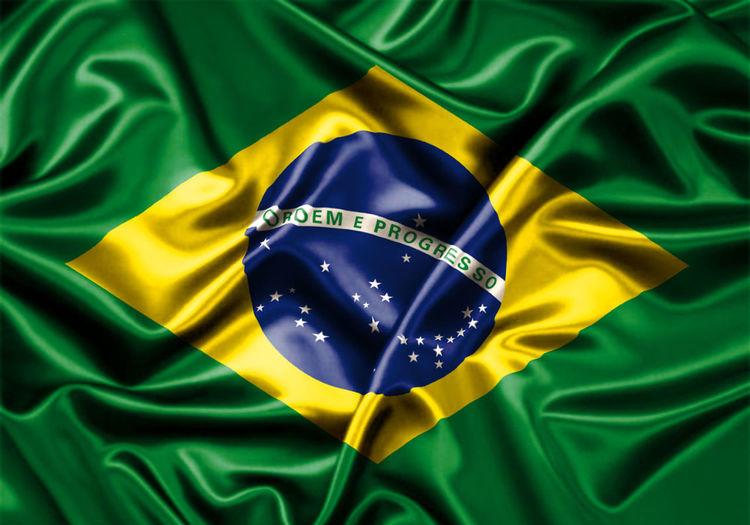 Triste com o resultado do jogo, mas sou brasileira e continuarei torcendo, SEMPRE! E parabéns a Alemanha, belíssimo futebol, espero que sejam os campeões, merecem! Brazil 2014 World Cup CongratulationsGermany Unbelieveable Sad Day