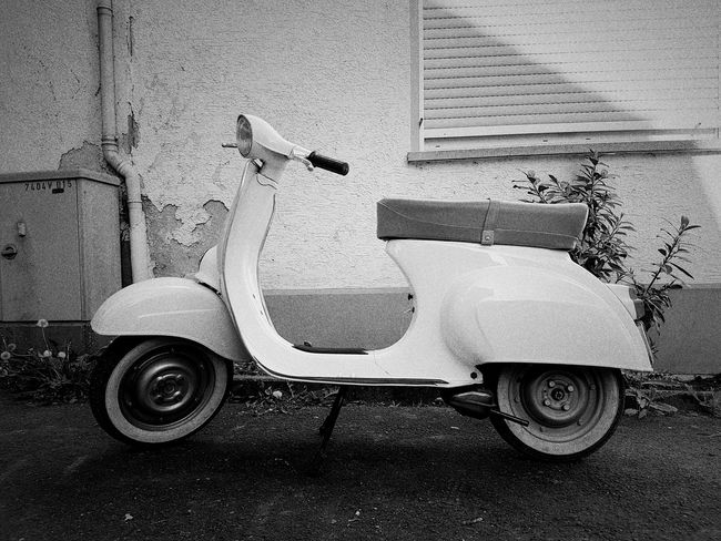 No People Close-up Day Outdoors GERMANY🇩🇪DEUTSCHERLAND@ Motorcycle Photography Motorbikes Motorbike Vespa Bkack And White