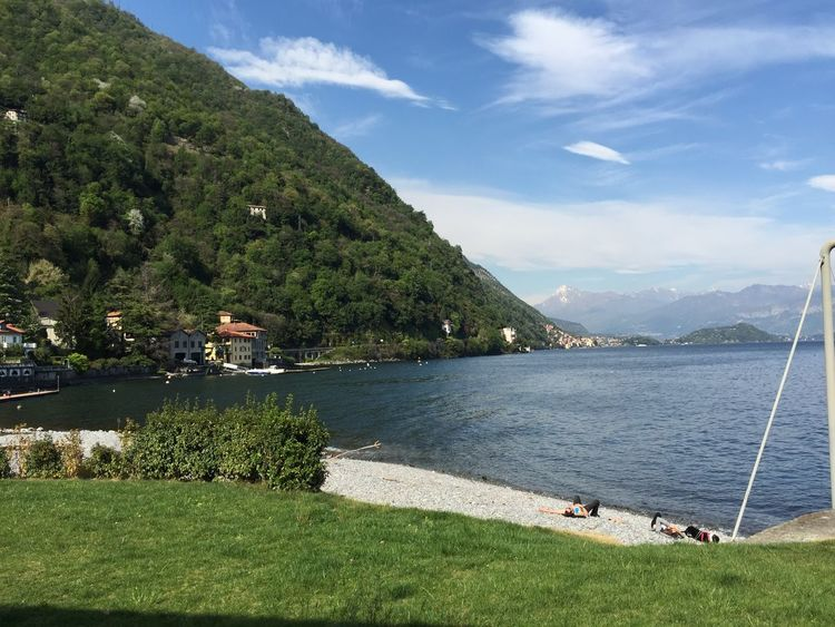 Buongiorno così Nofilter Lake View Lakecomo Relaxing Great Views Great Atmosphere Beautiful Nature Hello World Buongiorno Goodmorning