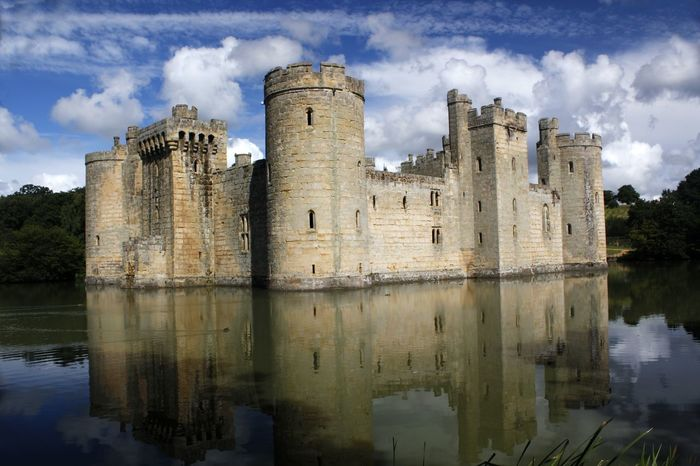The medieval Bodiam Castle is a 14th-century moated castle near Robertsbridge in East Sussex, England, UK. It was built in 1385 by Sir Edward Dalyngrigge, a former knight of Edward III. Architecture Bodiam Castle Building Exterior Built Structure Castle Cloud - Sky Day England Fortification Historical Building History Lake Moated Castle Nature No People Old Ruin Outdoors Reflection Sky Travel Travel Destination Travel Photography Water Waterfront