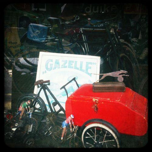 Window Shopping Window Display Vintage Bicycles NEM Toys