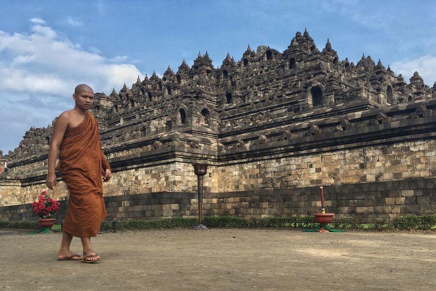 Vesak day 2017 in Borobudur Temple in Magelang Indonesia Spirituality Vesak Vesak Day Vesak Day 2017 Vesak 2017 Buddha Monk  EyeEmNewHere. EyeEmNewHere The Photojournalist - 2017 EyeEm Awards The Portraitist - 2017 EyeEm Awards The Street Photographer - 2017 EyeEm Awards