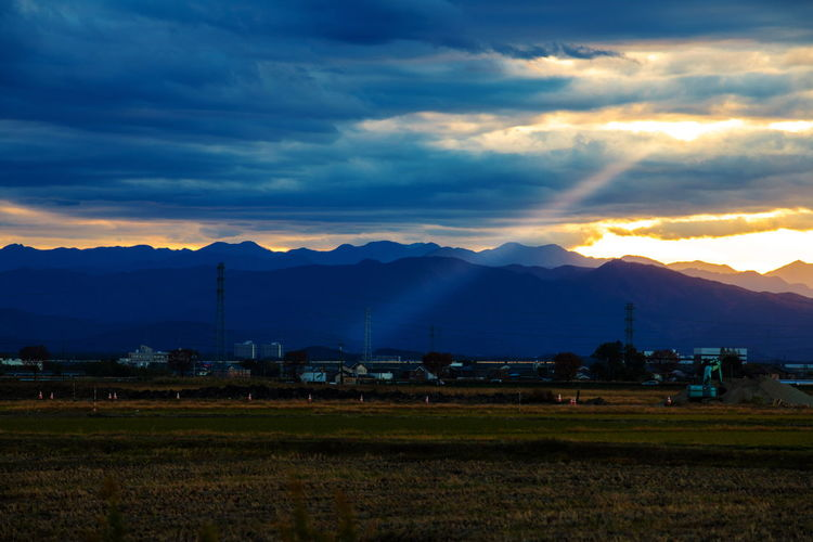 Sky Mountain Cloud - Sky Scenics - Nature Environment Mountain Range Landscape Tranquil Scene Tranquility Sunset Nature Field No People Outdoors Hello World Tadaa Community Japan Japan Photography 17.62°