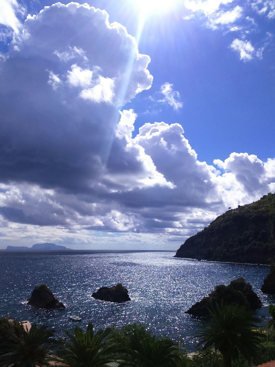 sea, sky, nature, cloud - sky, beauty in nature, tranquility, horizon over water, water, scenics, no people, tranquil scene, day, outdoors, sunlight, blue, beach