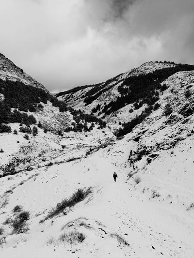 snow HuaweiP9 Huaweiphotography Leicacamera No People Cloud - Sky Mountain Nature Outdoors Snow Sea Day Beauty In Nature Close-up Sky